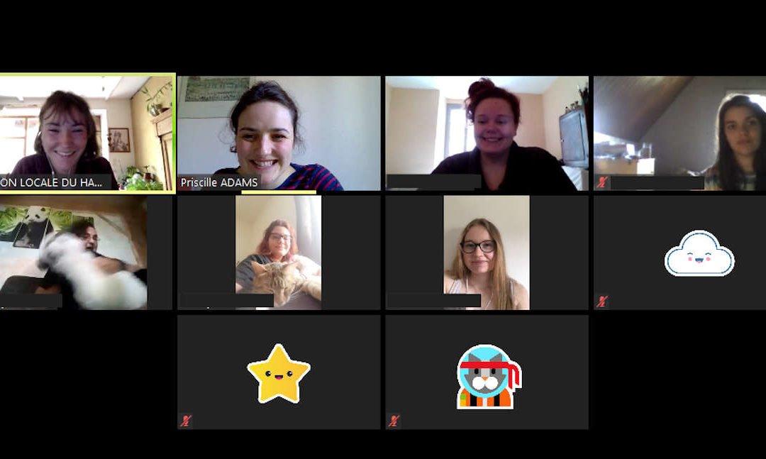 Photo d'une réunion en ligne