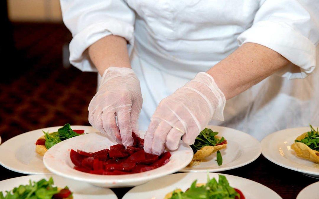 Offre d'emploi apprentissage : Cuisinier ou serveur (homme / femme) à Corgnac-sur-l'isle